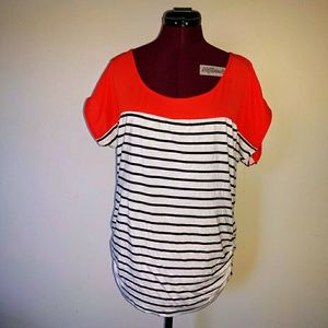 Olivia Moon Size Large Top Ruched Sides Striped